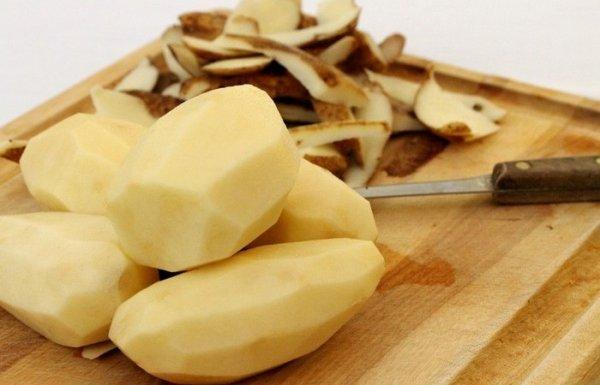 Как хранить почищенный картофель несколько дней, чтобы не испортился
