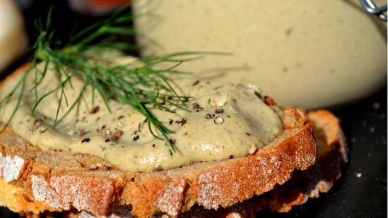 Как приготовить дома вкусный, нежный грибной паштет из шампиньонов