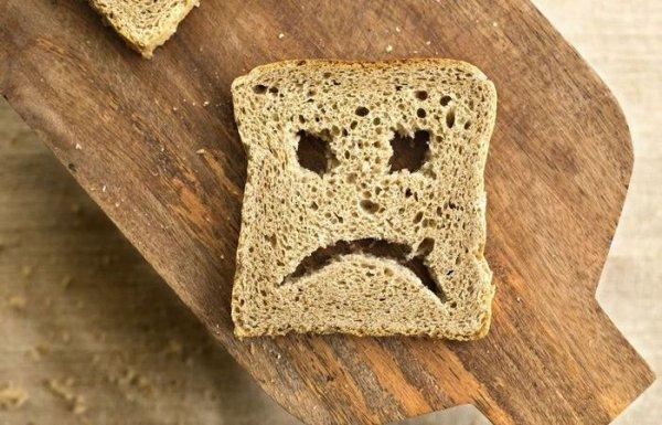 Житейский способ который поможет сохранить свежесть хлеба и не допустить его заплесневение