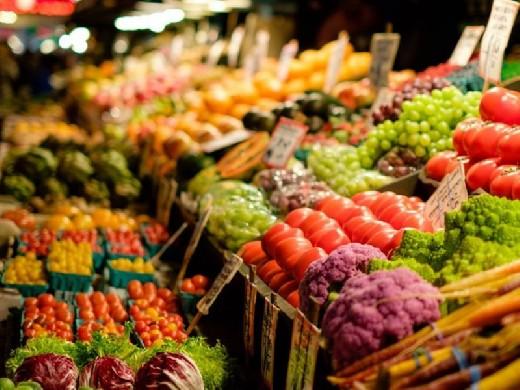 Специалисты призывают не мыть фрукты и овощи с мылом