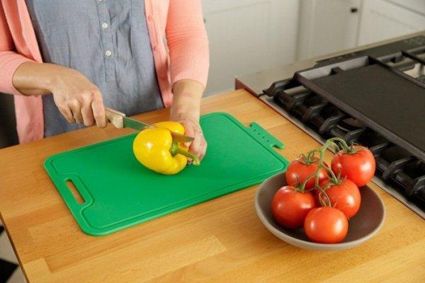 Как и где можно применить уксус, кроме кулинарии. 8 причин хранить средство в шкафчике на кухне