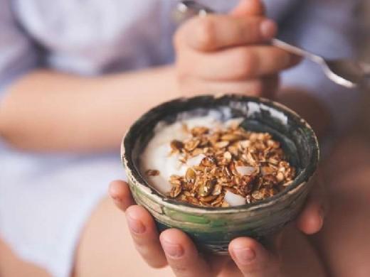 Медики назвали простой продукт для завтрака, помогающий жить дольше