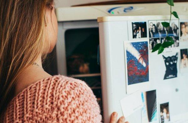 Можно ли замораживать молоко? И еще 13 продуктов, которые можно хранить в морозильнике во время пандемии
