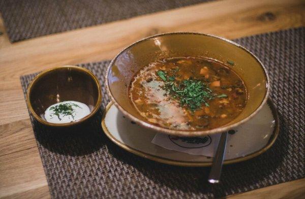 Диетолог рассказала, какой суп самый вредный