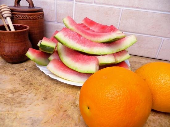 Не выкидывайте арбузные корки: мёд из арбуза и апельсина