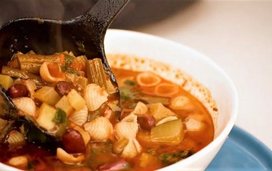 Щедрый суп минестроне