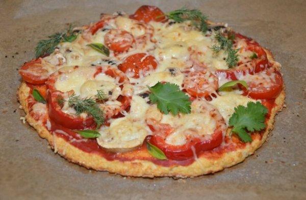 Вкусная и полезная пицца из цветной капусты. Идеальный вариант для тех, кто следит за фигурой. (Фоторецепт)