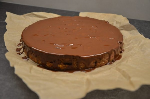 Шоколадный чизкейк с малиной без муки и глютена. (Фоторецепт)