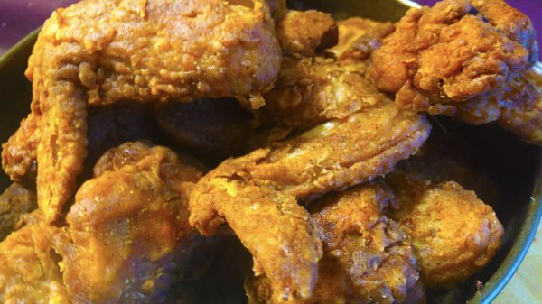 Как приготовить дома острые крылышки, как в ресторане KFC. ( Фоторецепт)