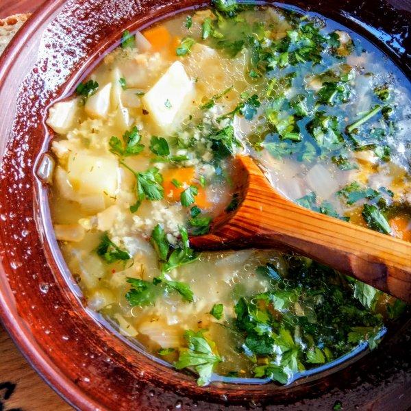 Как  быстро приготовить украинский суп-кулеш