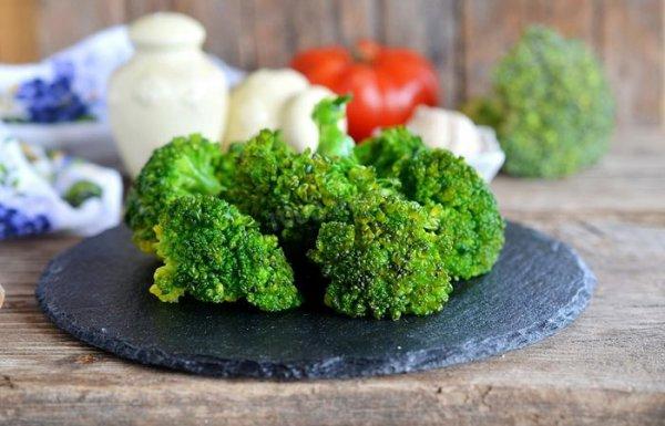 Как заставить семью есть брокколи: 5 рецептов с зеленым овощем
