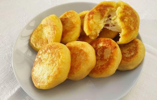 Картофельные оладушки с сыром