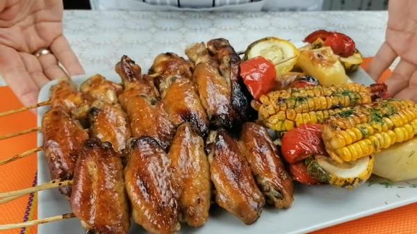 Куриные крылышки на решетке
